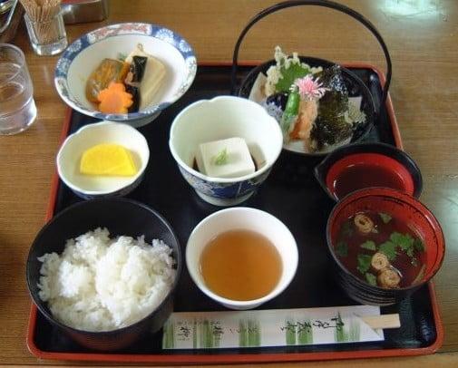 高野山と高野豆腐との深い関係とこんなエピソード