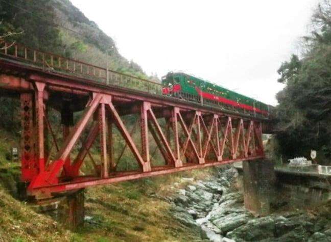 高野山の電車「天空」の由来って?