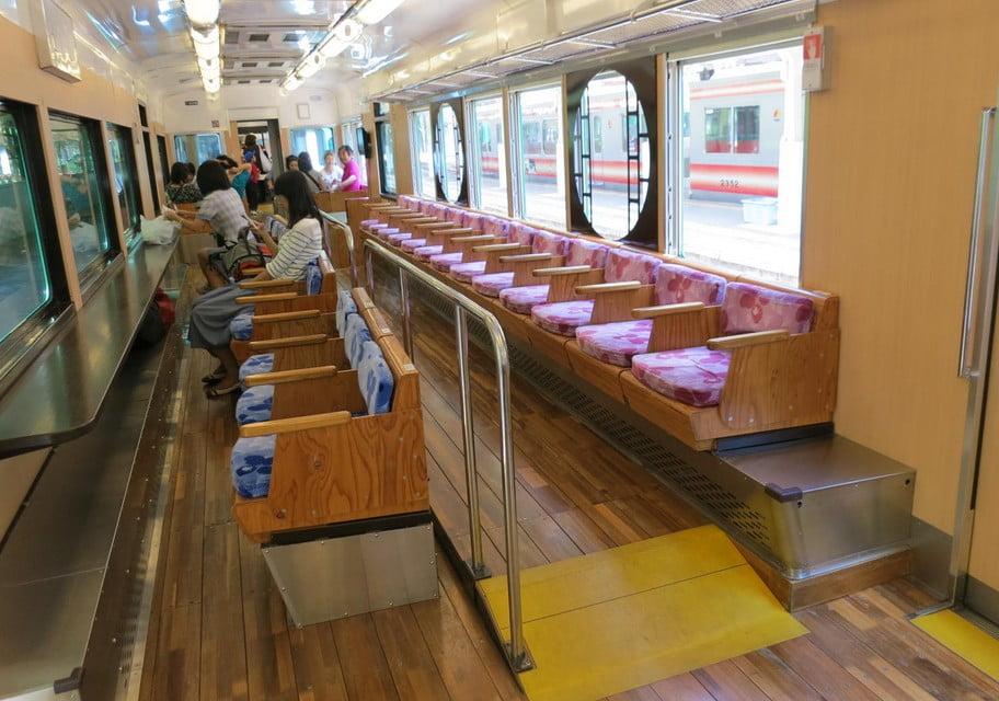 高野山・「天空」の運行時間・運行している駅・乗車料金