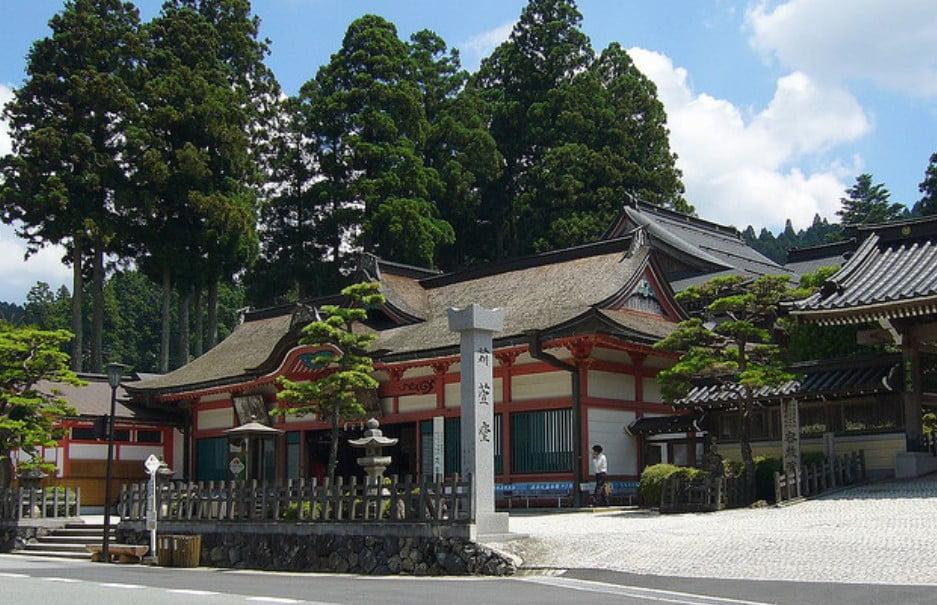 高野山・苅萱堂(かるかやどう)