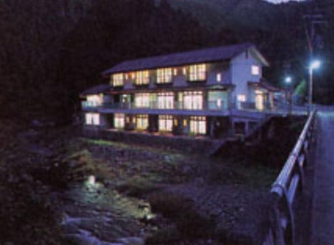 第6位. 高野槙の湯温泉「槙の湯山荘」