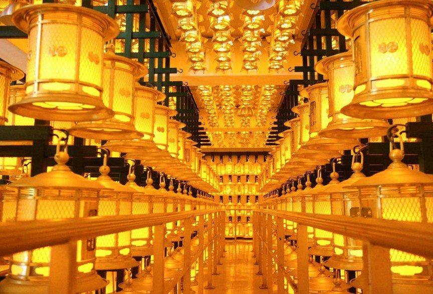 高野山・奥の院「燈籠堂」の地下室