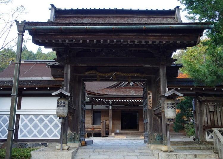 和歌山県 高野山 宿坊 蓮華定院の4つの宿坊料金体系